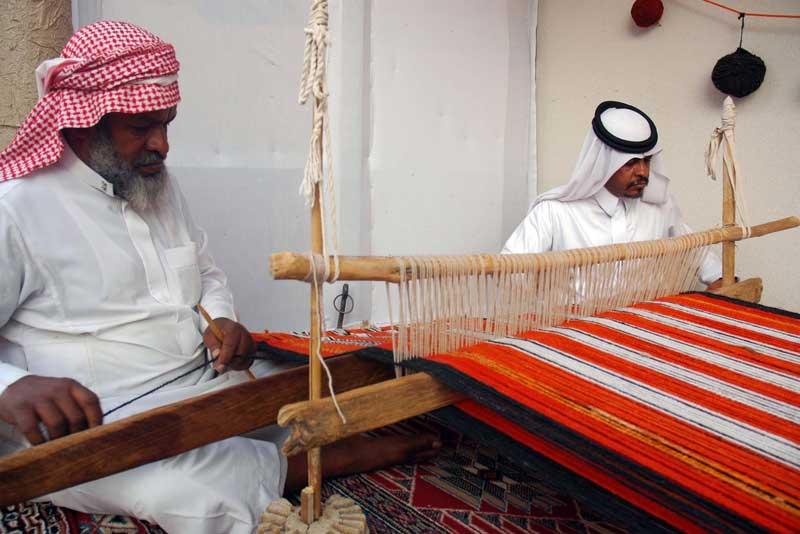 صناعة النسيج في نجران موروث شعبي وإنتاج عصري صحيفة الاقتصادية