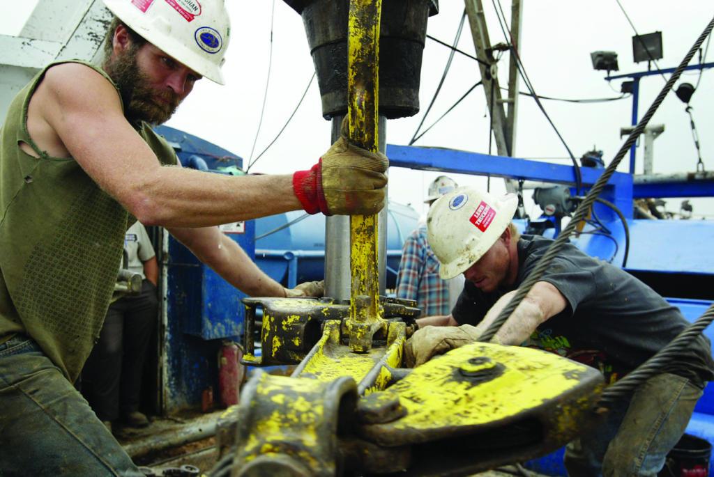 أويل برايس : جهود السعودية تعجل بتوازن السوق النفطية .. و الصخري  يكبح الأسعار   صحيفة الاقتصادية
