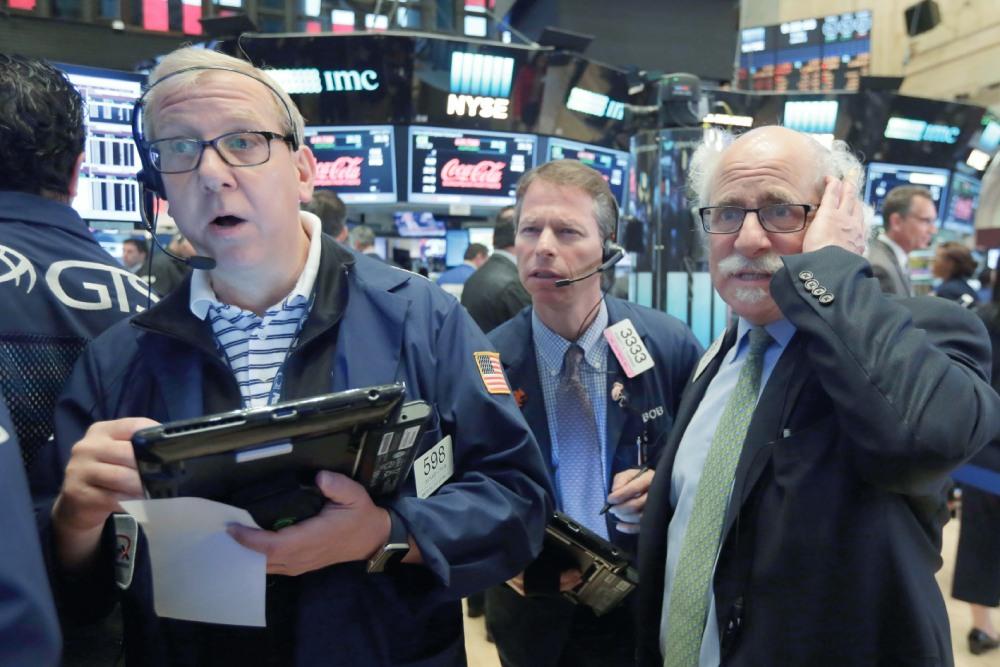 الدولار يهيمن على اقتصاد العالم رغم تآكله.. واليورو يفشل واليوان عملة هامشية   صحيفة الاقتصادية