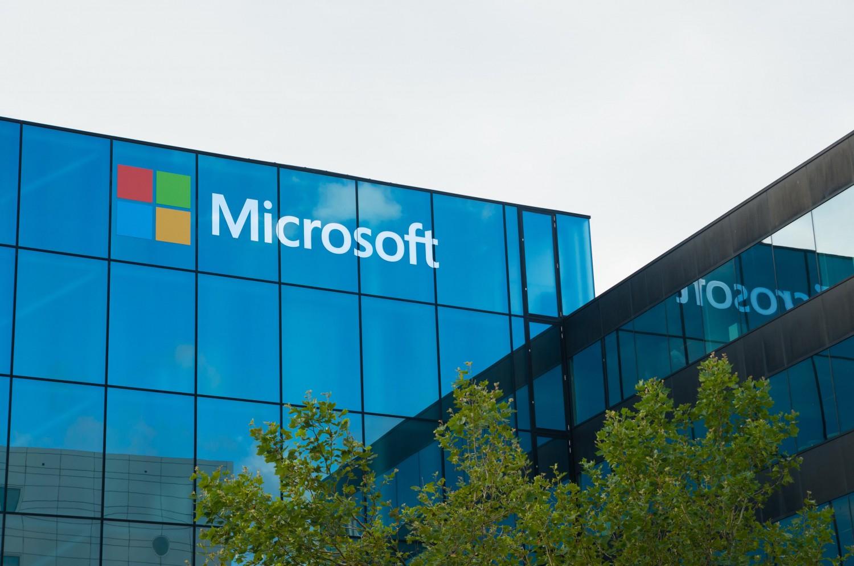 مايكروسوفت  تعتزم طرح تطبيق  موفيز أند تي في  لأجهزة  أندرويد  و آي.أو.إس    صحيفة الاقتصادية