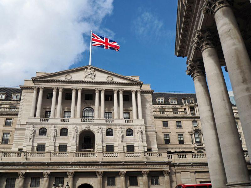 بنك انجلترا يختبر قدرة القطاع المالي على الصمود أمام هجمات إلكترونية
