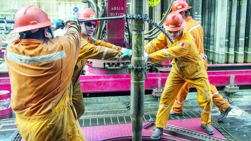 أسعار النفط ترتفع بنحو الثلث في 2019 وتوقعات ببلوغ البرميل 75 دولارا style=