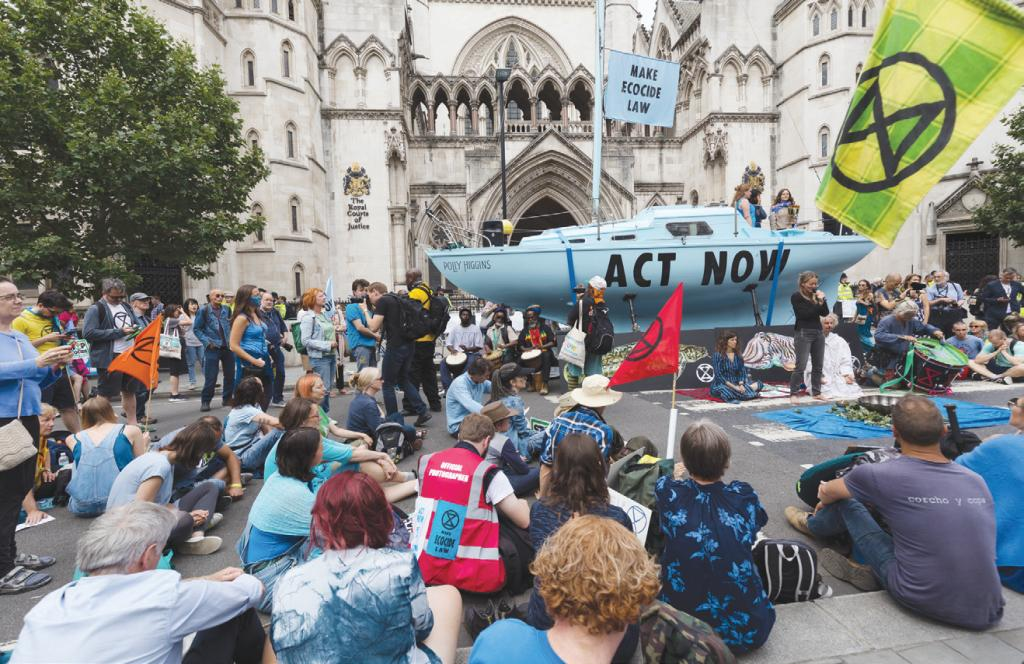 فوضى المدن .. طريقة جديدة للتوعية بمخاطر تغير المناخ في بريطانيا