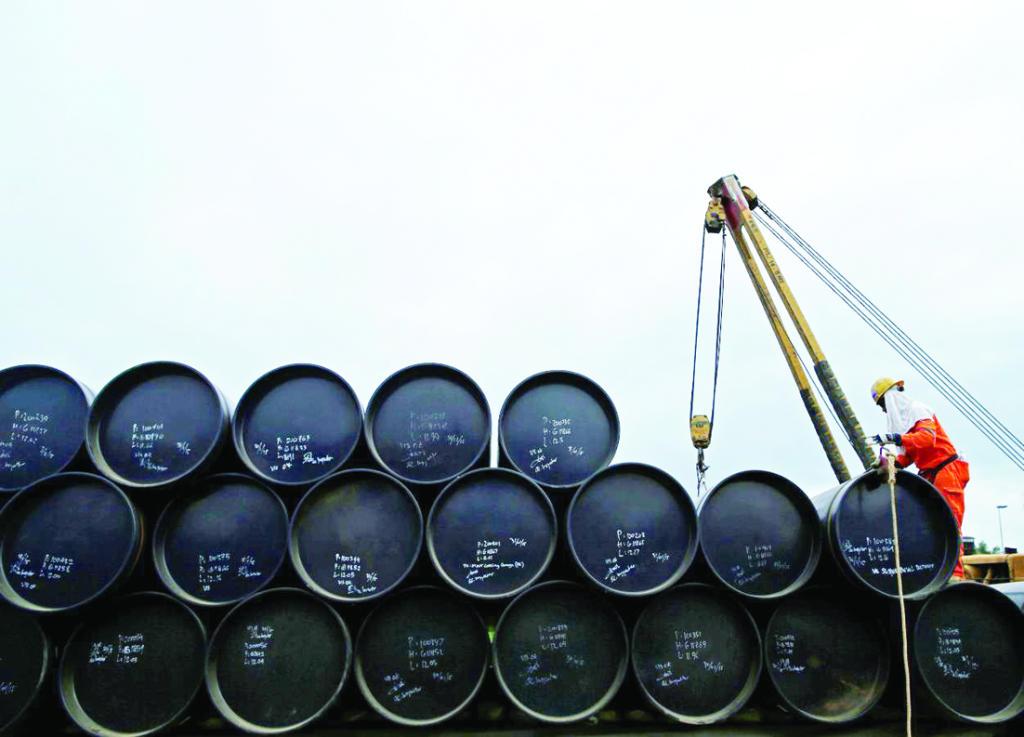 كوريا تحجم عن استيراد النفط الإيراني في يونيو