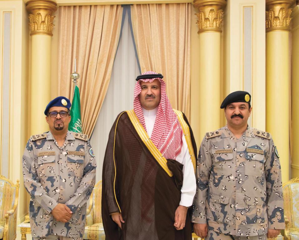 أمير المدينة المنورة يقلد مساعد قائد حرس الحدود رتبته الجديدة   صحيفة الاقتصادية