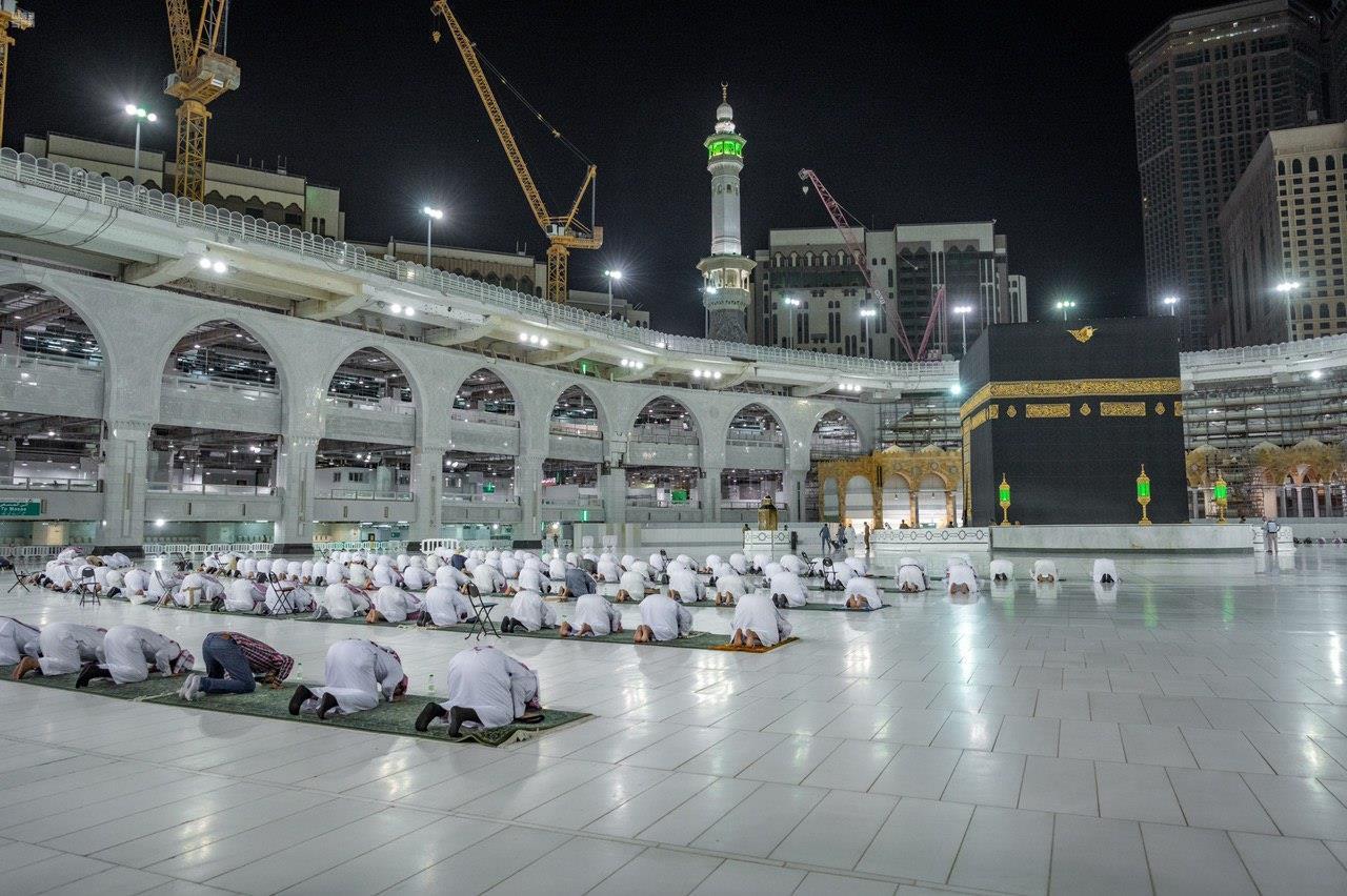 ختم القران في المسجد الحرام   صحيفة الاقتصادية