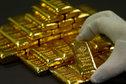 الذهب يتراجع بنسبة 1.7%