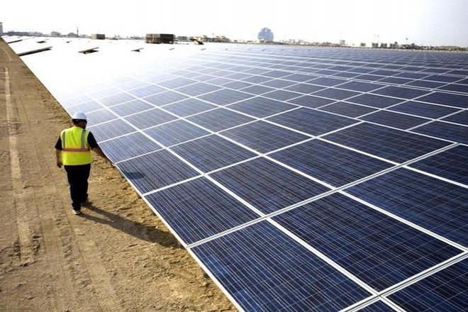 """تبوك تستقبل """"نيوم"""" بأكبر مشروع لتوليد الكهرباء بالطاقة الشمسية"""