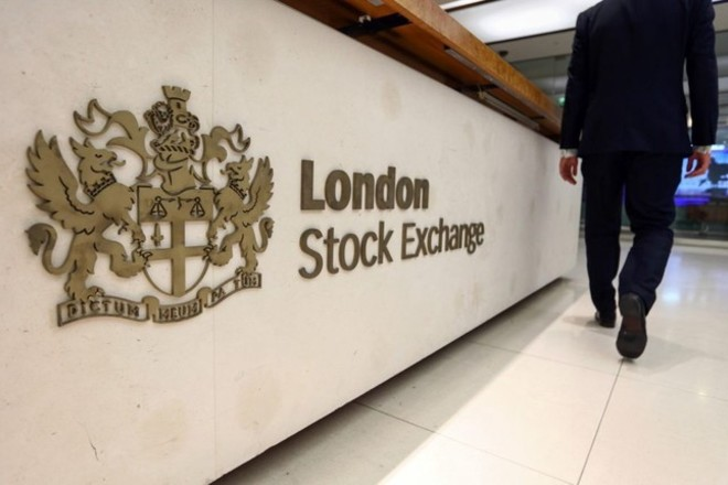 مؤشر بورصة لندن الرئيسي يغلق على إنخفاض