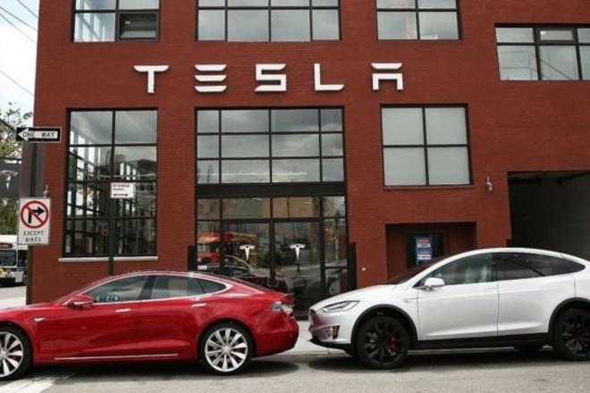 """""""تيسلا"""" تبحث عن مكان في ألمانيا لإقامة مصنع لسياراتها الكهربائية في أوروبا"""