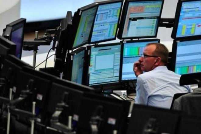 """الأسواق البريطانية تتراجع وسط تزايد المخاوف من """"بريكست"""" من دون اتفاق"""