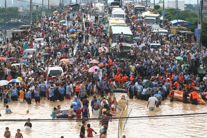 إعصار بلبل يضرب الخط الساحلي للهند وبنجلاديش ويودى بحياة 3 أشخاص