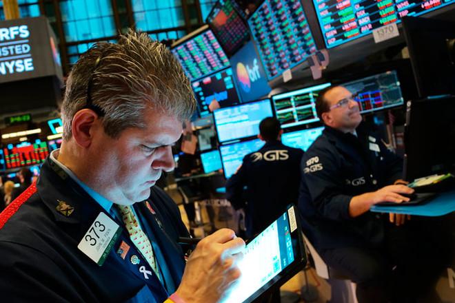 الأسهم الأمريكية تبدأ تعاملاتها على انخفاض مع احتمال تأثر مبيعات أبل بمخاوف كورونا