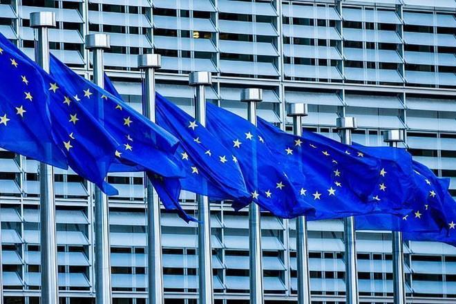 المفوضية الأوروبية: سنستخدم كل أدوات دعم الاقتصاد في مواجهة كورونا