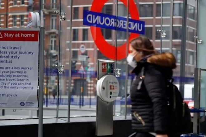 بريطانيا تسمح بإعادة فتح كافة المتاجر اعتباراً من 15 يونيو