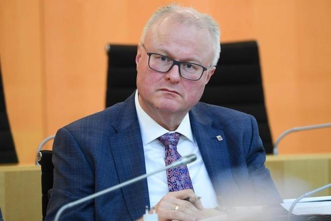 وزير المالية الألماني: لا حاجة لزيادة حصة الحكومة في البنوك