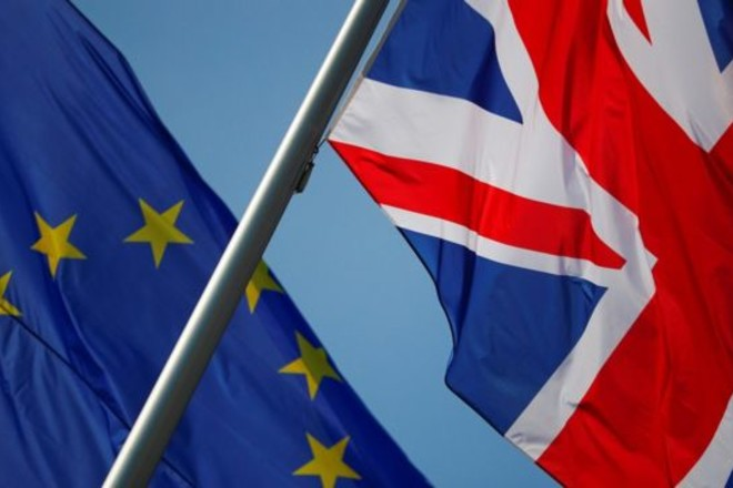 اتصال هاتفي بين مفاوضي بريطانيا والاتحاد الأوروبي يفشل في تحقيق انفراجة في محادثات بريكست