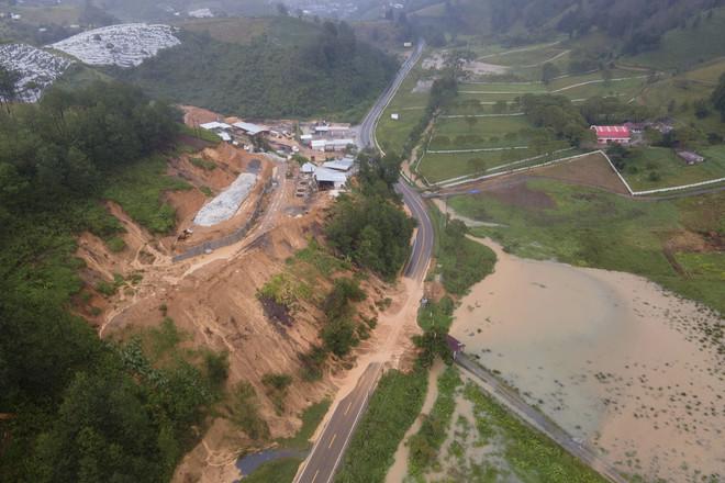 العاصفة إيتا تودي بحياة نحو 150 في جواتيمالا جراء انهيار أرضي