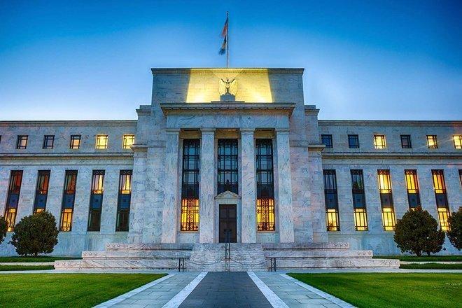 مسؤول بمجلس الاحتياطي الاتحادي يتوقع زيادة في أسعار الفائدة في 2022