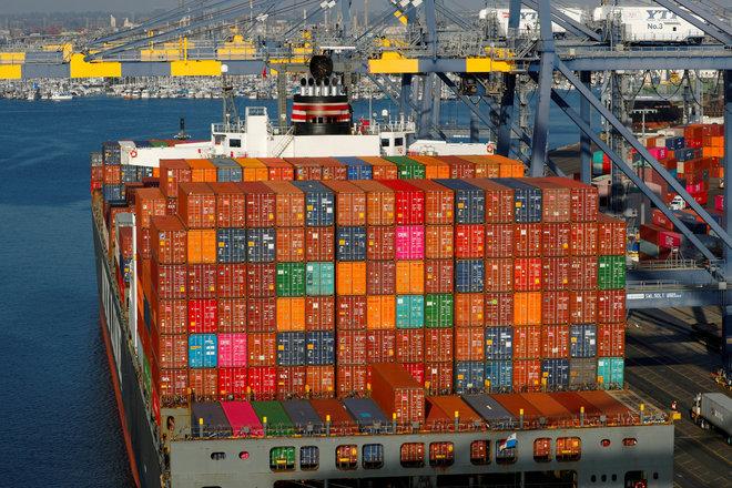 عجز التجارة الأمريكي يرتفع 1.9% في يناير إلى 68.2 مليار دولار