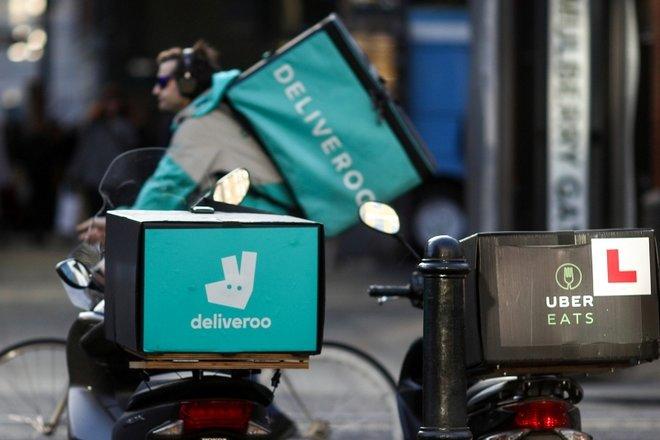 """""""دليفرو"""" ستدفع مكافات استثنائية لعمال التوصيل يوم دخولها البورصة"""