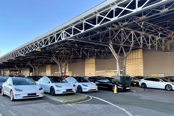 """""""تيسلا"""" تنتج أكثر من 180 ألف سيارة في الربع الأول وتسليم 185 ألف"""