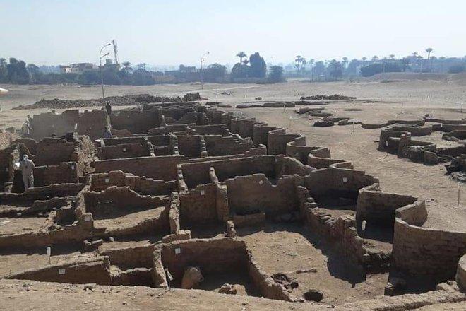 اكتشاف مدينة فرعونية مفقودة تحت الرمل في مصر