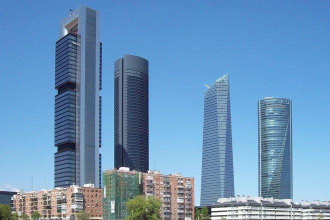 إسبانيا تخفض توقعاتها للنمو إلى 6.5% للعام 2021