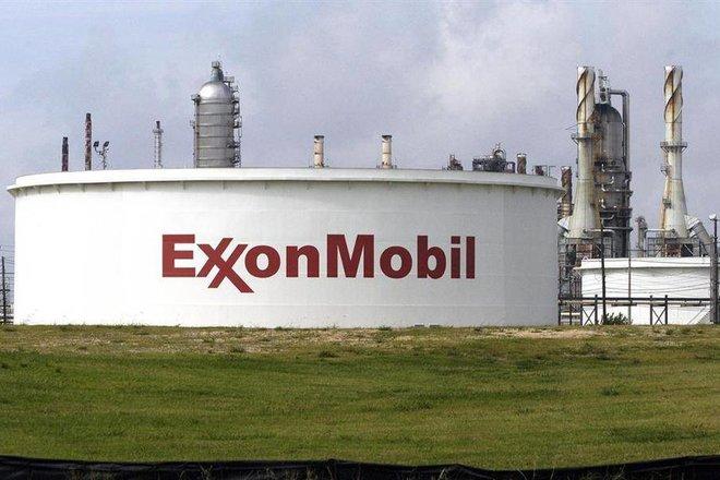 «إكسون موبيل» تسجل أول ربح في 5 فصول .. 2.73 مليار دولار في الربع الأول