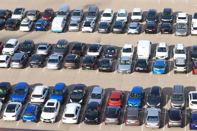 نسبة تسجيل السيارات الجديدة في فرنسا تقفز 569% خلال أبريل