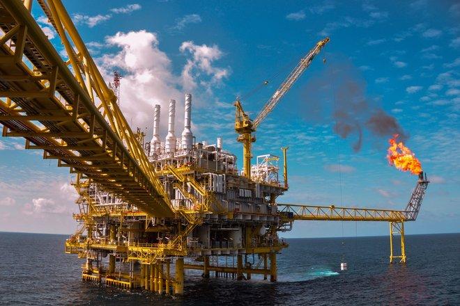 """""""باركليز"""": الطلب على النفط يتعافى حتى مع تنامي كوفيد في آسيا"""
