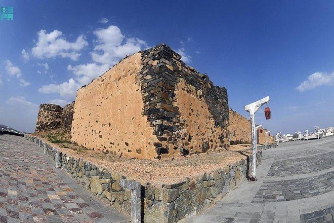 قلعة شمسان في أبها إطلالة تاريخية برؤية سياحية جديدة