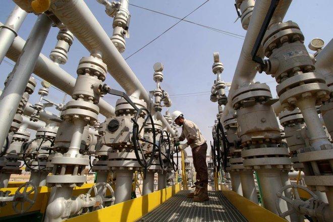 """وكالة الطاقة: على """"أوبك+"""" فتح الصنابير ليحصل العالم على إمدادات نفط كافية"""