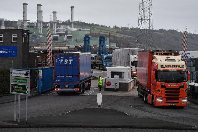 """المفوضية الأوروبية ترفض إعادة التفاوض بشأن تدابير مرحلة ما بعد """"بريكست"""""""