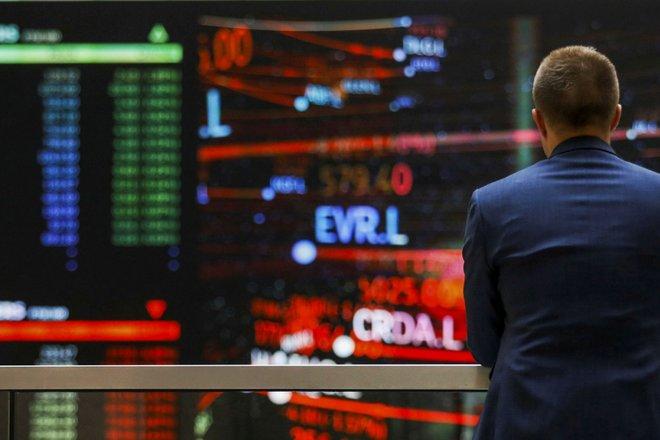 الأسهم الأوروبية تغلق على انخفاض حاد