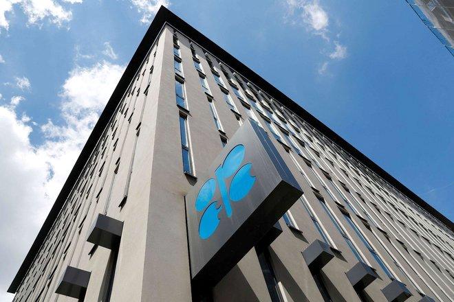 """التزام """"أوبك+"""" بالتخفيضات النفطية يرتفع إلى 116% في أغسطس"""