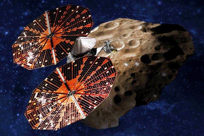 «ناسا» تطلق مركبتها الأولى إلى كويكبات المشتري في مهمة تستمر 12 عاما