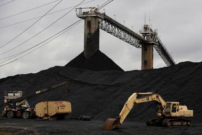 """""""زيمبابوي"""" للطاقة تتجه للانتهاء من وحدات تعمل بالفحم في 2022"""