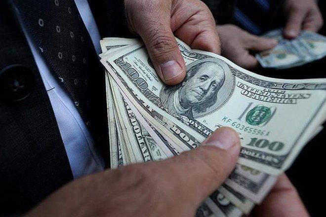 الدولار يصعد مع تنامي مخاوف التضخم بفعل قفزة في قطاع الطاقة