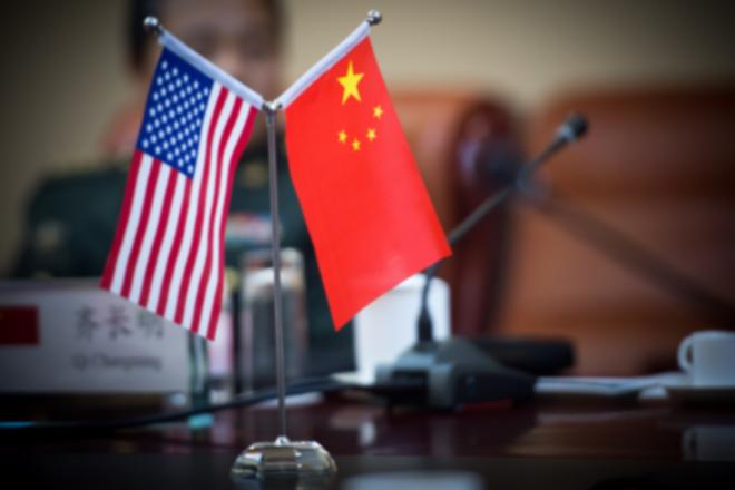 في اختبار للتواصل الثنائي .. الممثلة التجارية الأمريكية تتحدث مع نظيرها الصيني