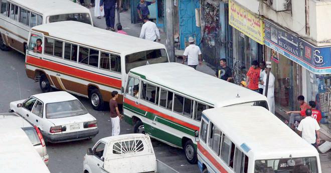 حافلات خط البلدة متهالكة وصامدة أمام مراحل التطوير صحيفة