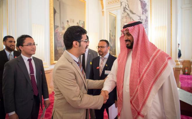 """الملك يأمر بضم الدارسين على حسابهم الخاص في اليابان بـ """"البعثة"""""""