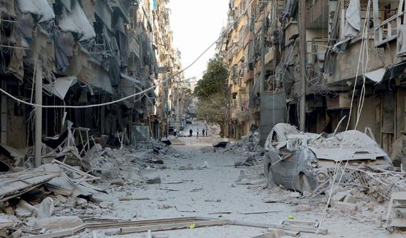 مقتل 25 مدنيا بغارات للطيران الروسي والسوري على حلب الشرقية