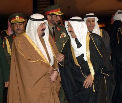 الملك عبد الله يعلن تبرع السعودية بألف مليون دولار لإعادة إعمار غزة