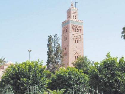 اختيار الموقع المسجد المناسب في الحي ودور الإمام فيحققان هدف المسجد
