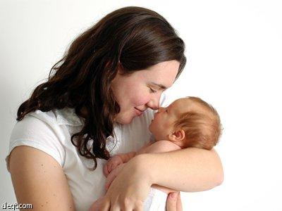 عطف الأم على طفلها يجعله أفضل في التعامل مع ضغوط الحياة صحيفة الاقتصادية