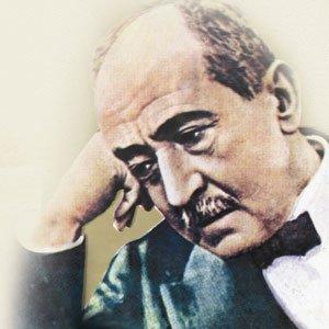 أمير الشعراء أحمد شوقي يكتب بيتا من الشعر في جوجل