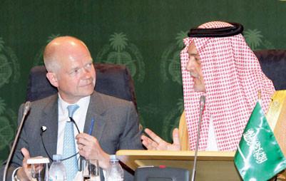 سعود الفيصل: على إيران أن تراعي مصالح جيرانها كما تهتم بمصلحتها