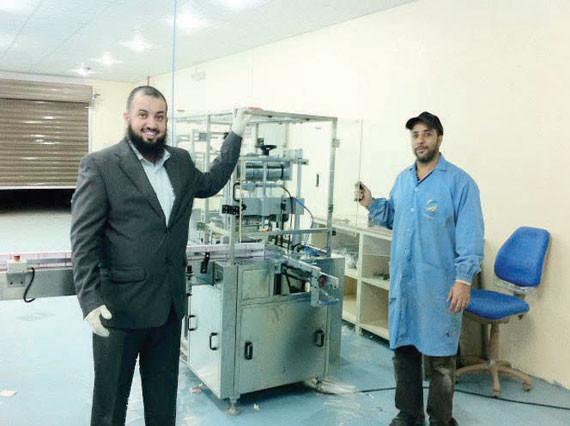 f33ae868e رحلة «دبي» تقود شابا سعوديا لإدارة مصنع وسلسلة متاجر للعطور. مويضي المطيري  من الدمام