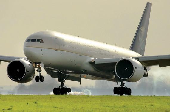 قريبا.. «الخطوط السعودية» تتسلم 15 طائرة «بوينج 777»